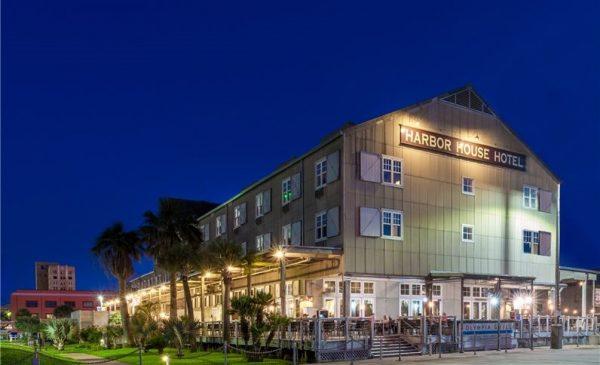 harbor house hotel on galveston waterfront